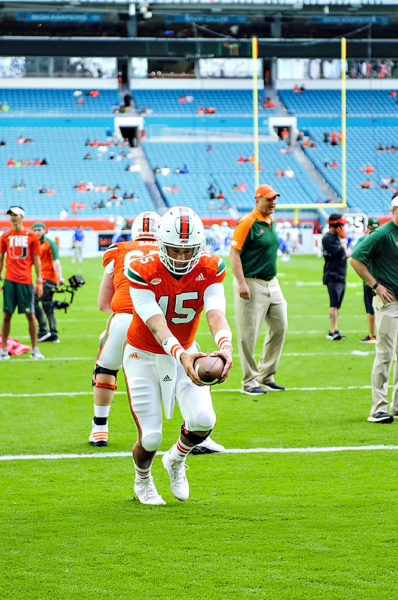Brad Kaaya going through his pre-game routine