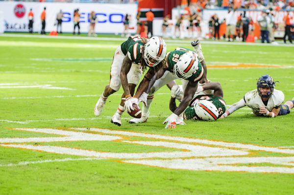 Sheldrick Redwine recovers the fumble for Miami