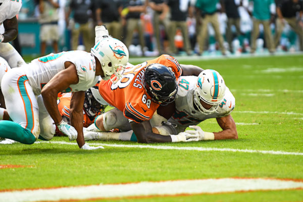 Miami Dolphins linebacker Kiko Alonso (47) recovers the fumble