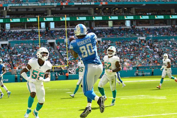 Detroit Lions tight end Michael Roberts (80) catches a touchdown pass