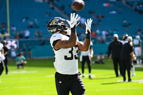Jacksonville Jaguars running back David Williams (33) catches a pass in drills