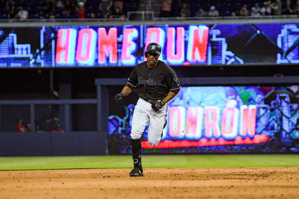 Miami Marlins left fielder Curtis Granderson #21