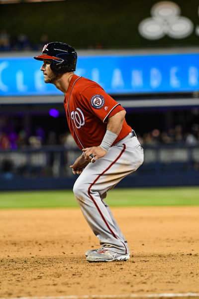 Washington Nationals catcher Yan Gomes #10